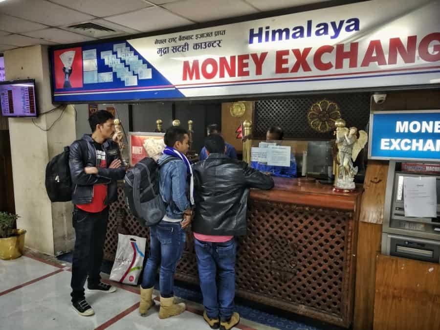 geld wisselen kathmandu airport