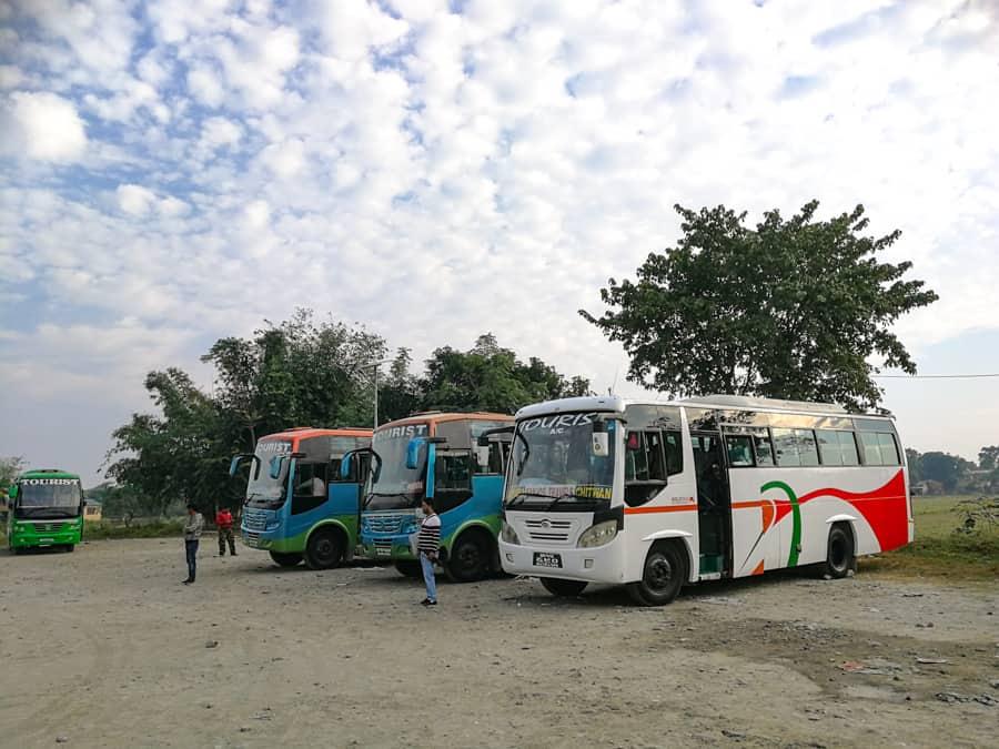 bus chitwan national park
