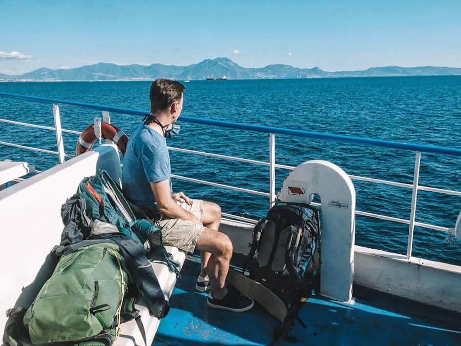 ferry napels procida